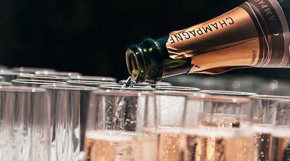 champagne brindisi